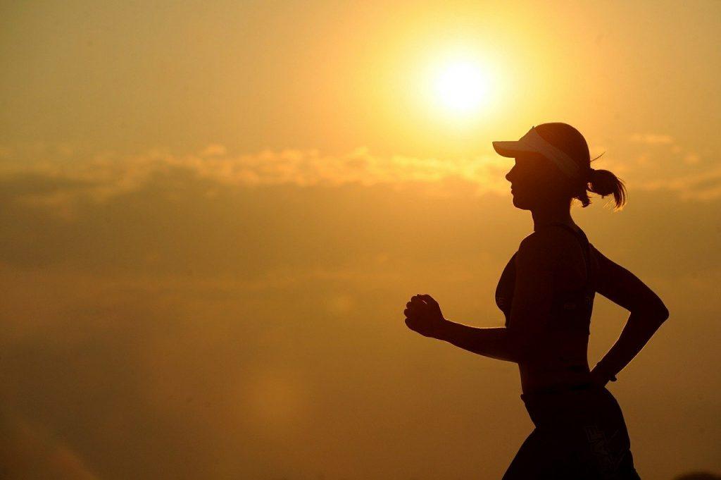 tendinite du moyen fessier lors de course, activité sportive